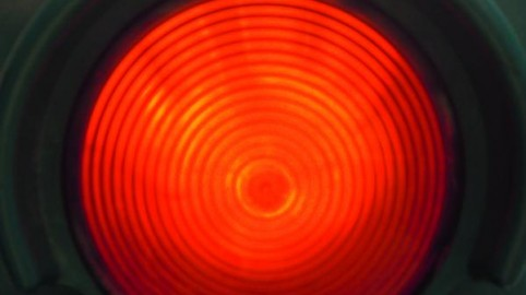 IMAGINI TRAFFIC RED LIGHT 1